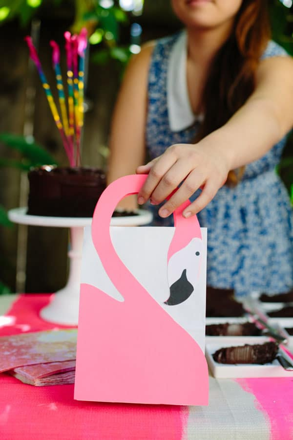 Pink and Popular 13 Epic DIY Flamingo Crafts