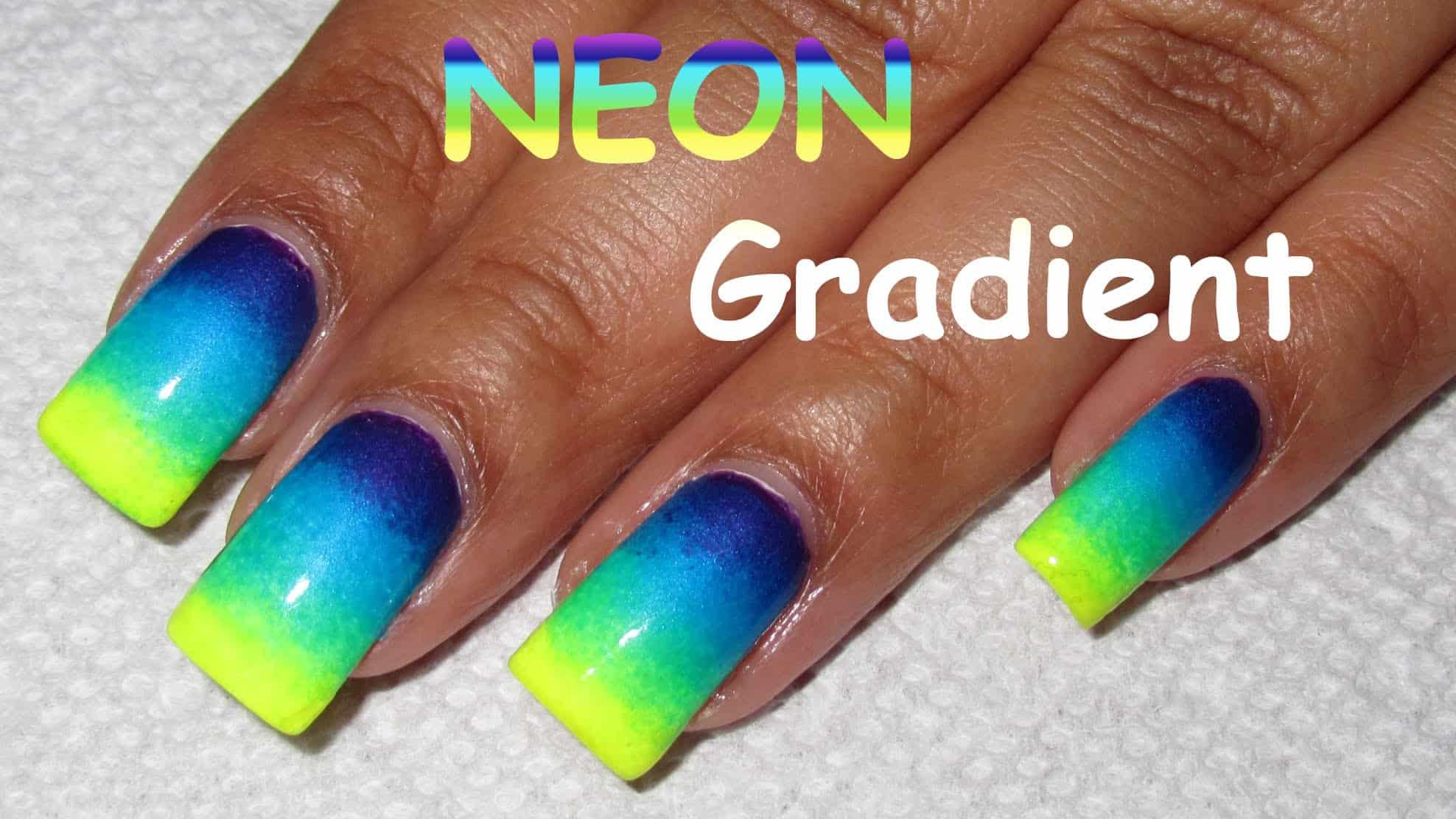Gradient neon nails