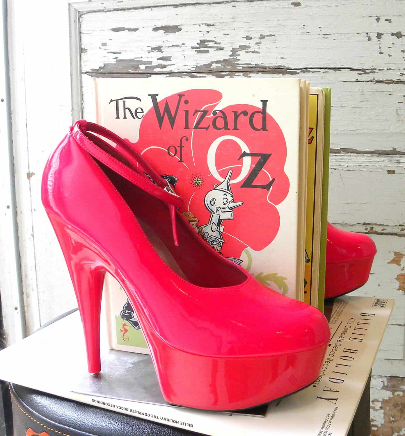 High heel book ends