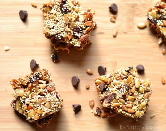 Quinoa and seeds energy bars
