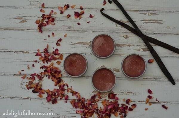 Rose vanilla lip balm