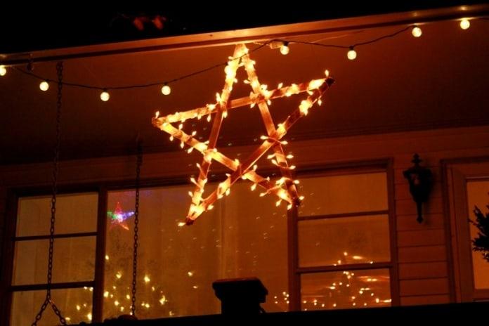 String light wooden star