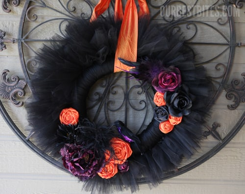 Black tulle halloween wreath