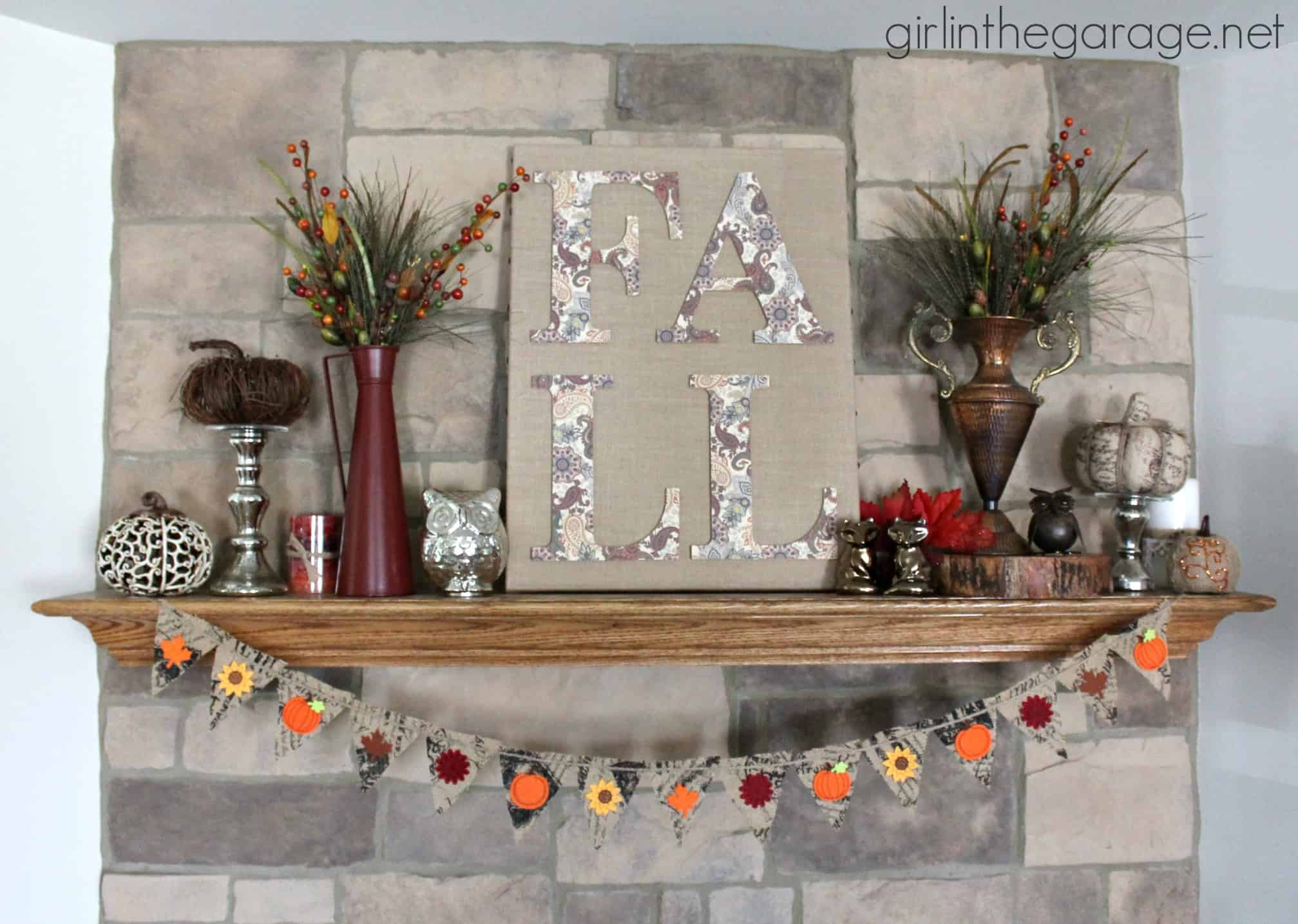 Burlap and paper canvas and garland