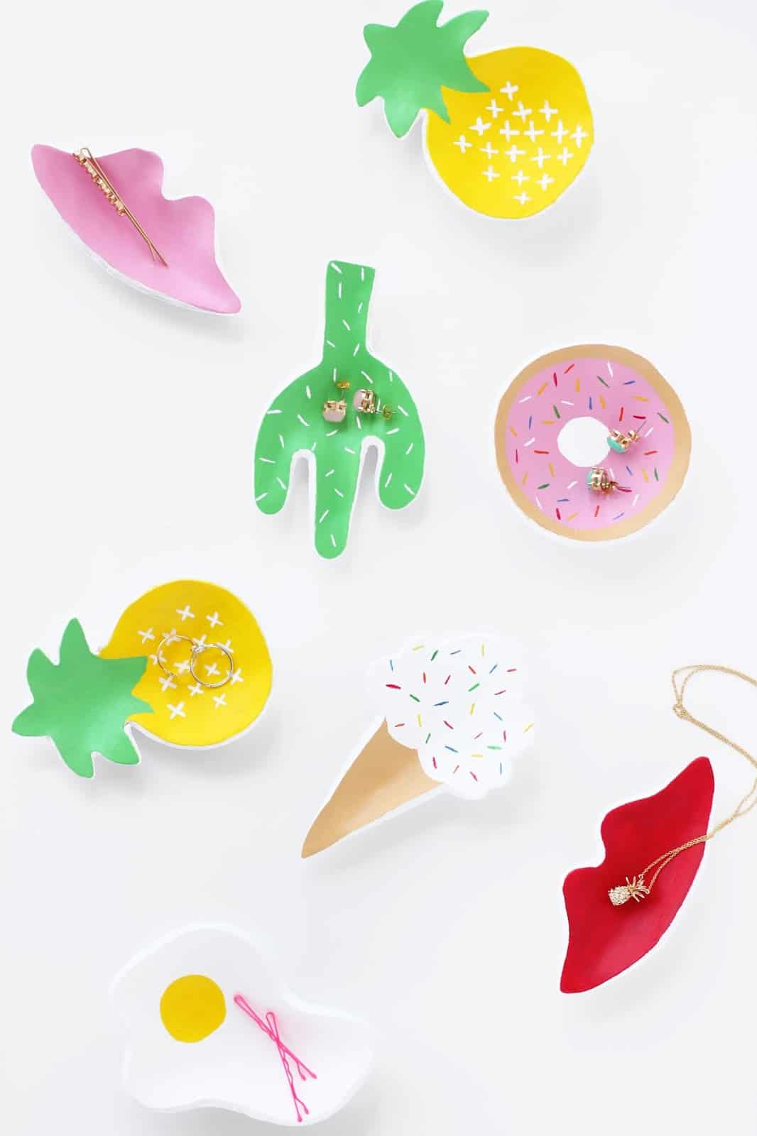 Cookie cutter trinket dishes