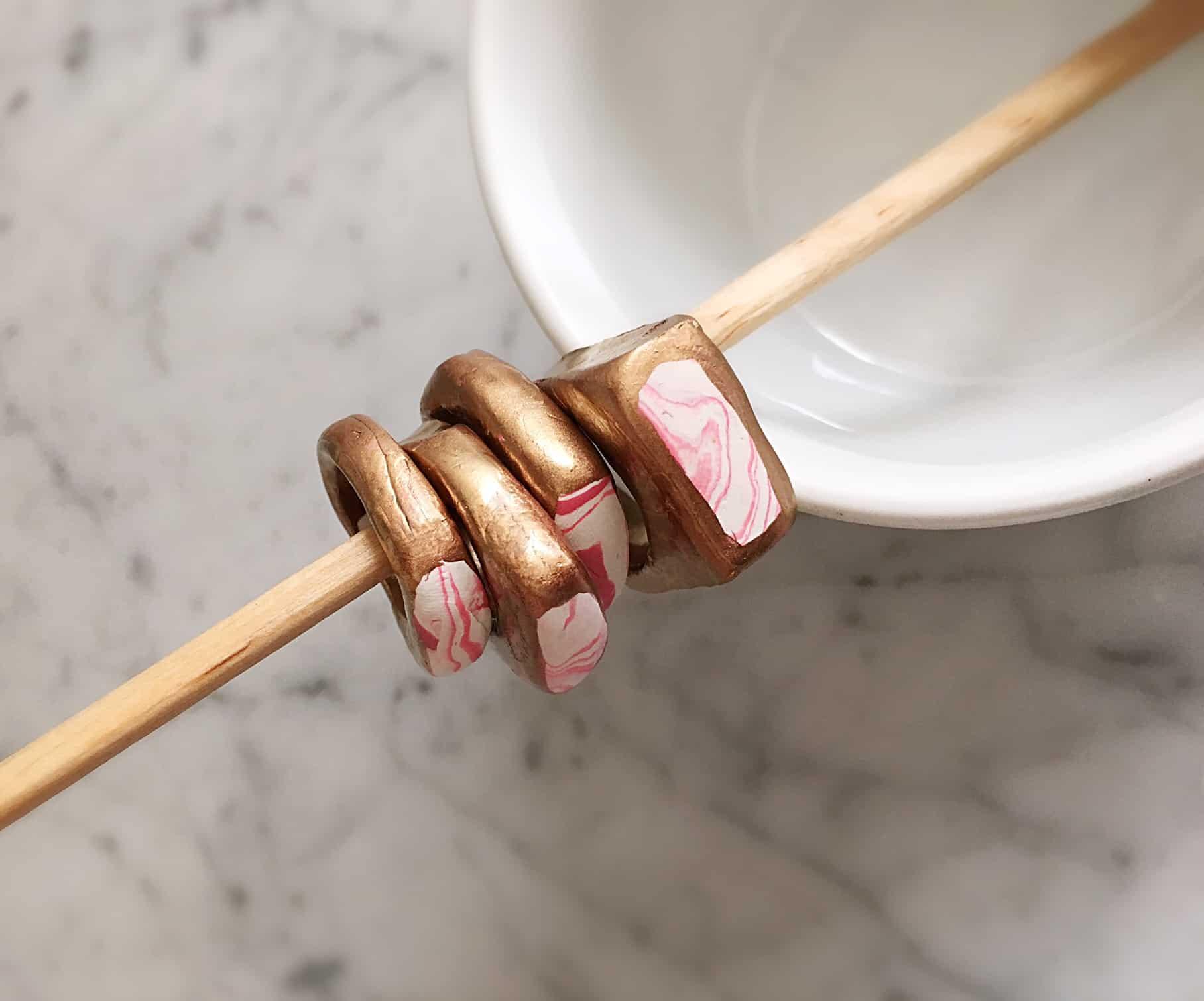 DIY marbled clay rings