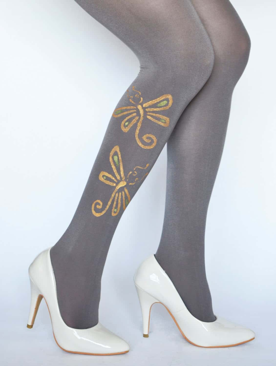 DIY paint stamped tights