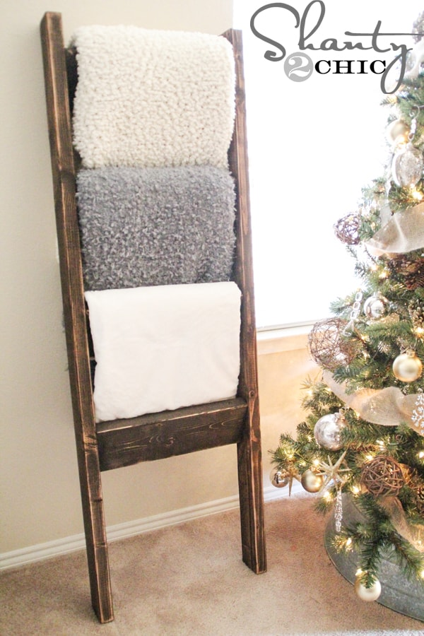 Diy Blanket Ladders A Modern Concept With A Rustic Appeal