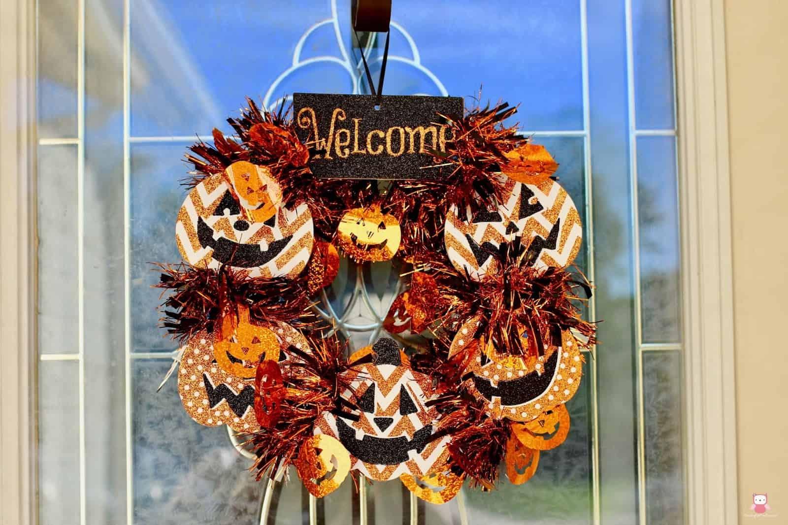Halloween pumpkin wreath