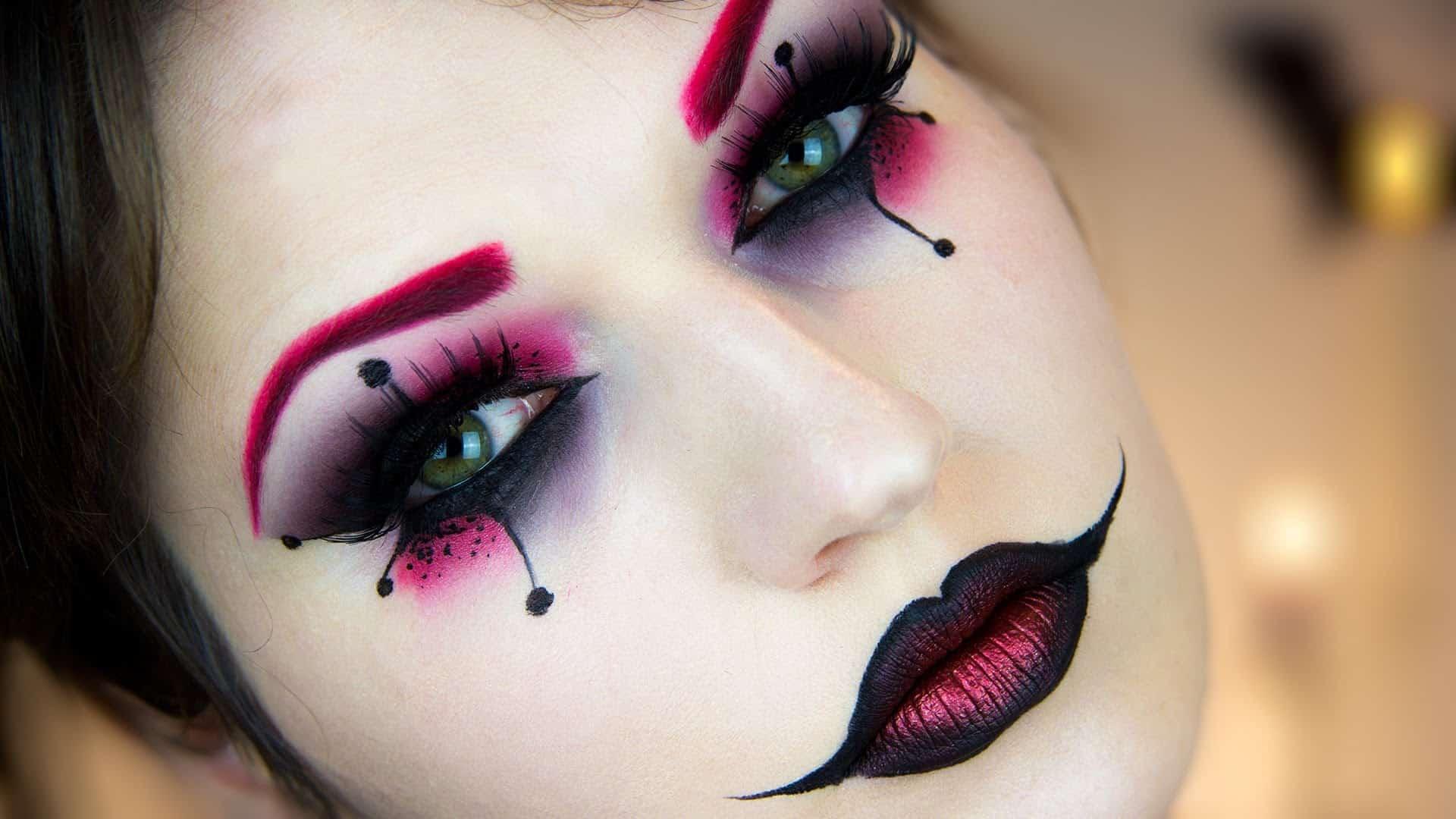 Harley Quinn inspired jester makeup