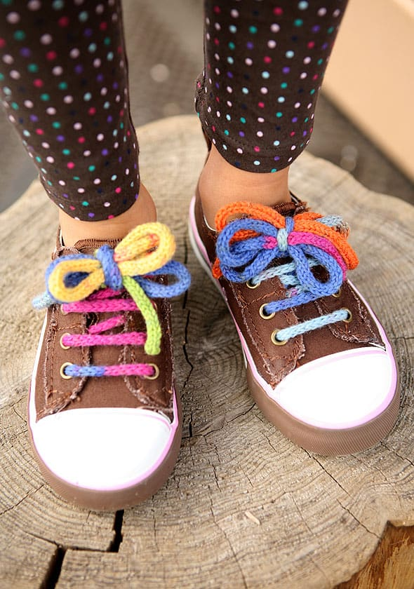 Knitted shoelaces