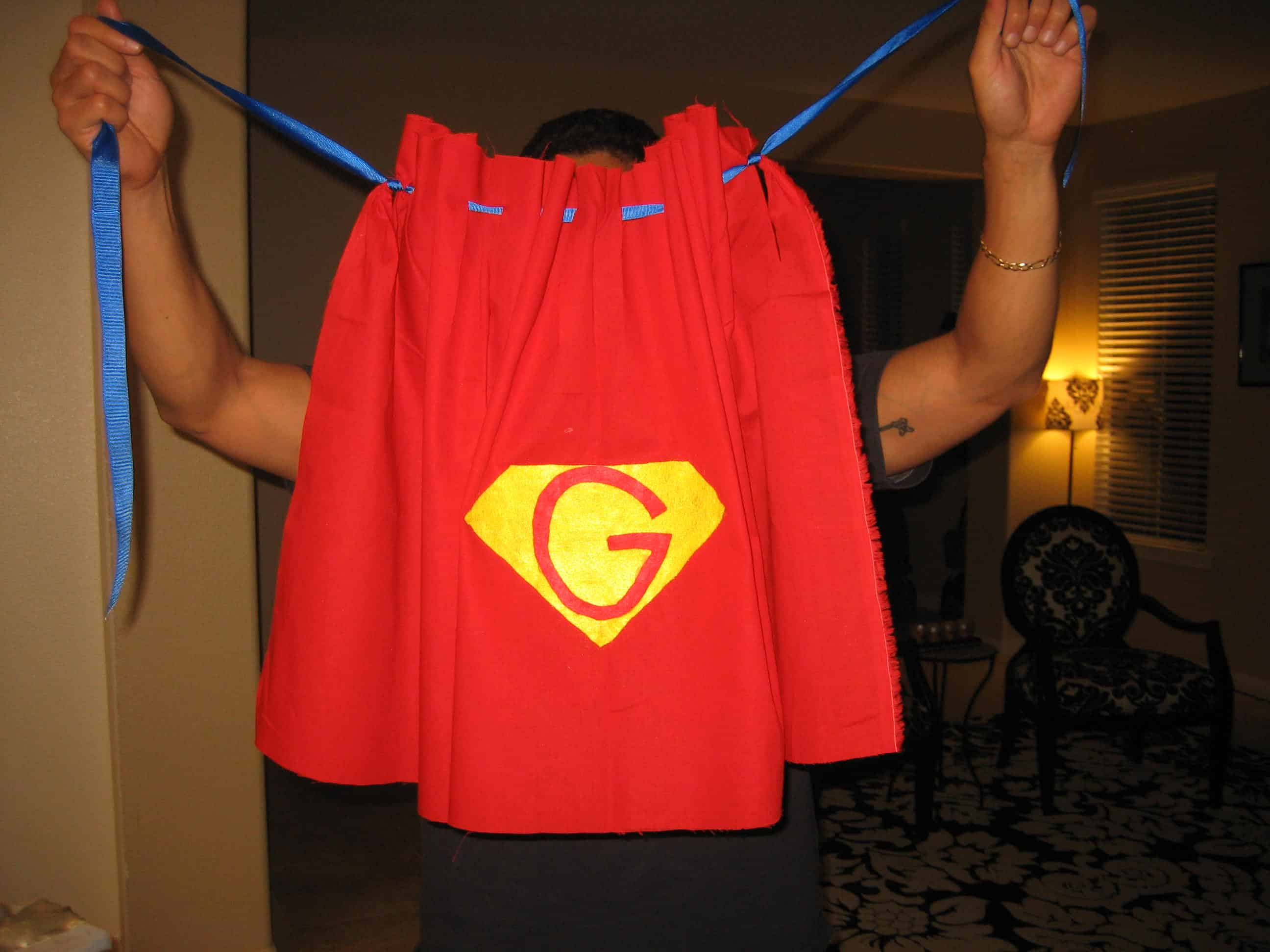 Homemade superhero costumes delightful diy capes for kids 2 no sew ribbon topped cape solutioingenieria Choice Image
