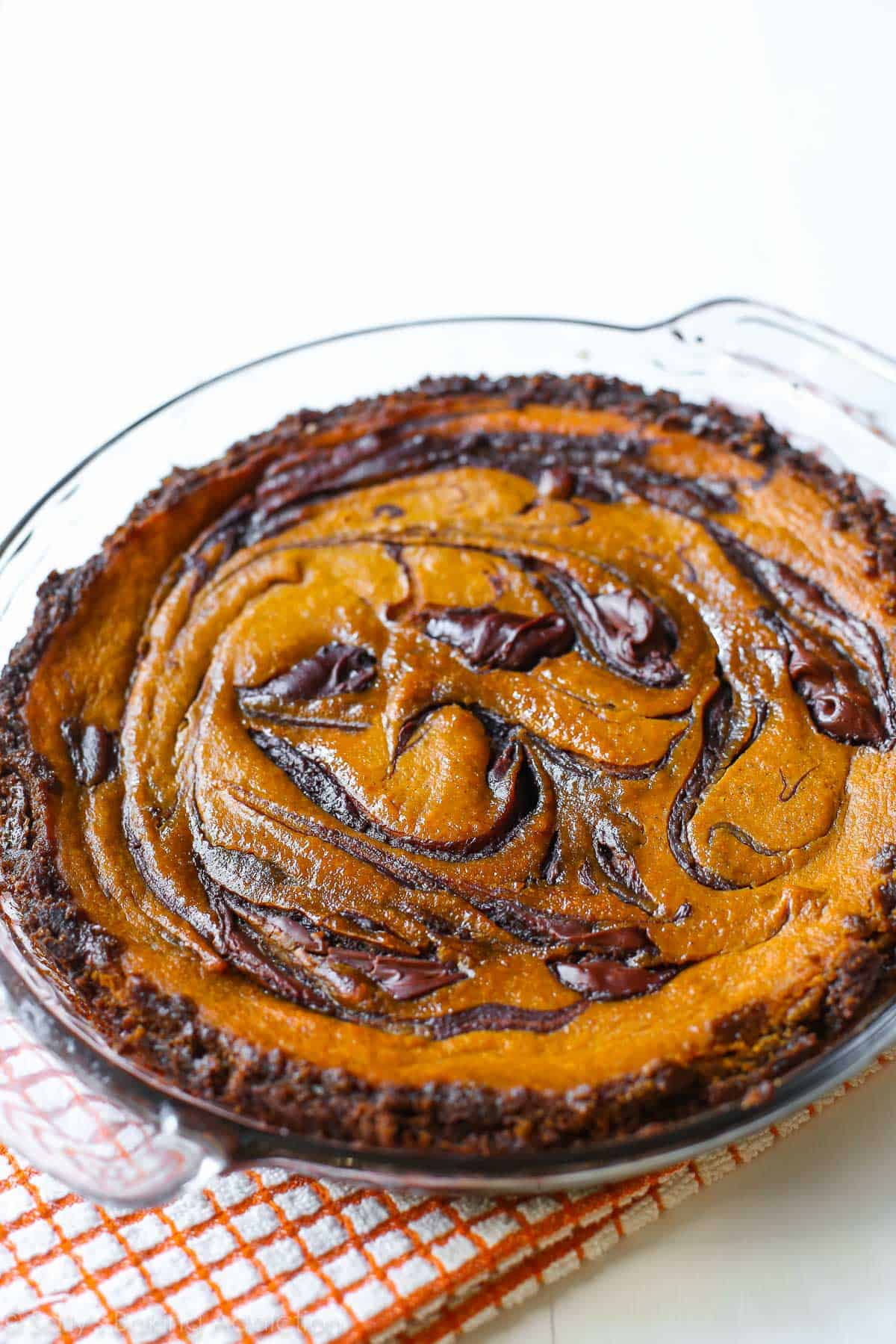 Nutella swirled pumpkin pie