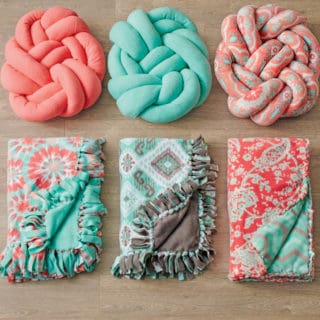 The Hottest Modern Trend: DIY Knot Pillows
