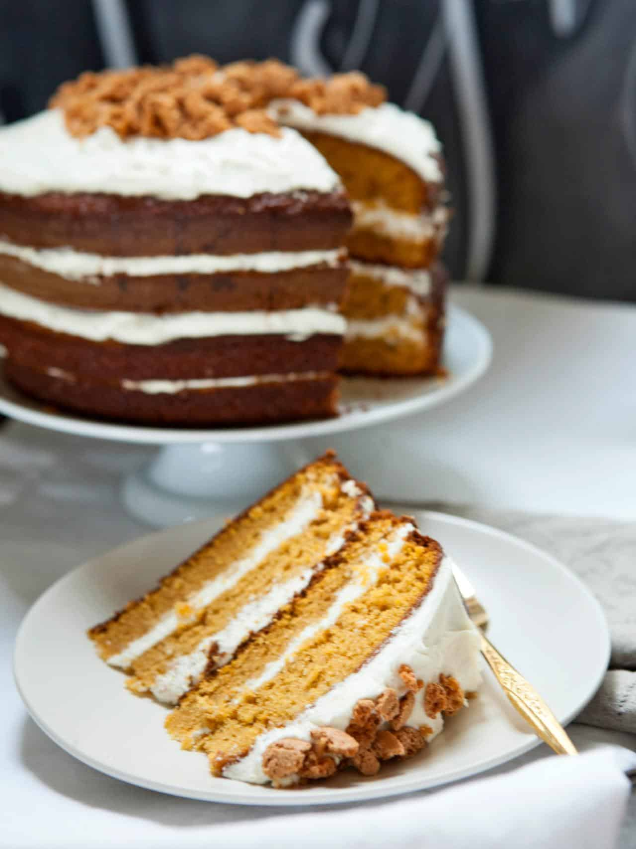 Pumpkin tiramisu layered cake