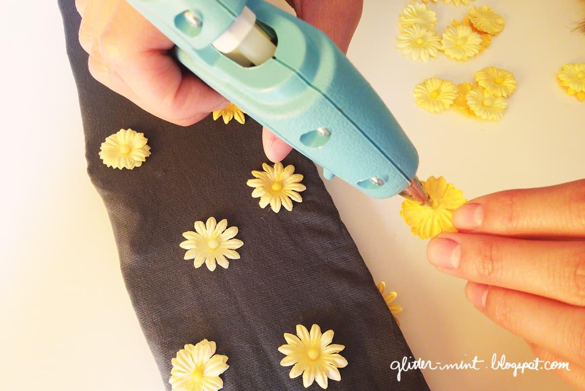 Silk daisy tights