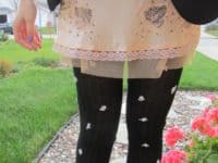 Tiny rosette tights 200x150 14 Pretty DIY Embellished Tights Designs