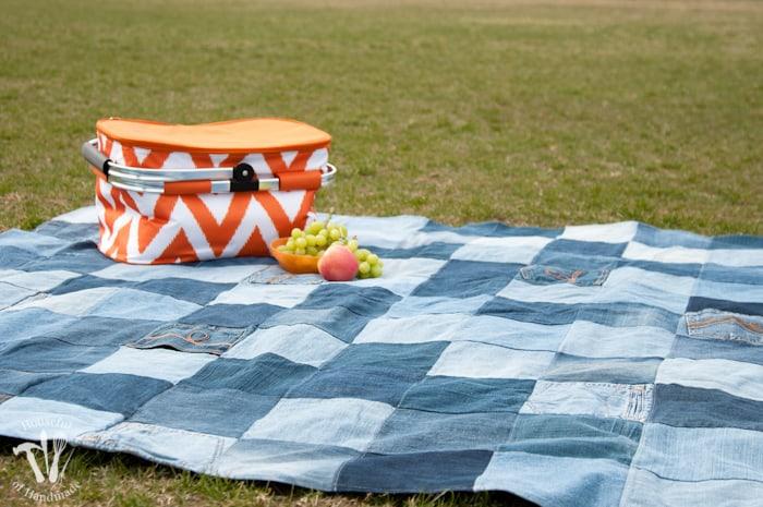 Water resistant denim picnic blanket