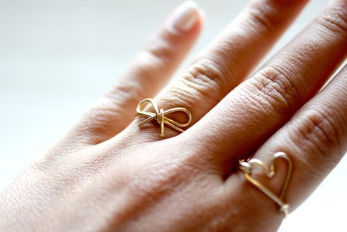 Wire infinity ring