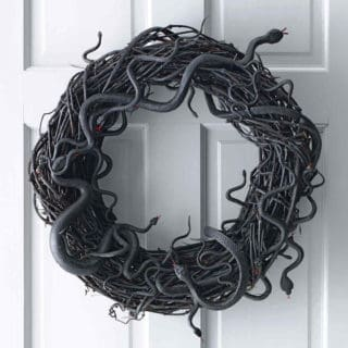 DIY Halloween Wreaths for The Spookiest Time of The Year