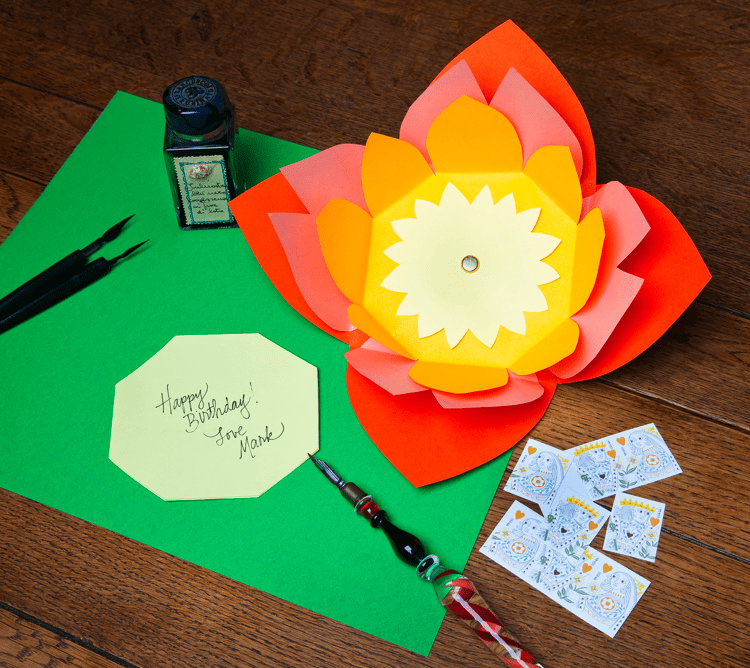 Blooming envelope