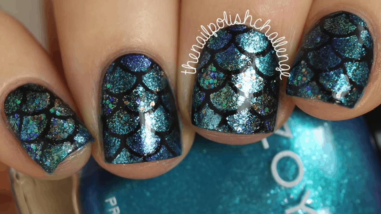 Dark mermaid nails