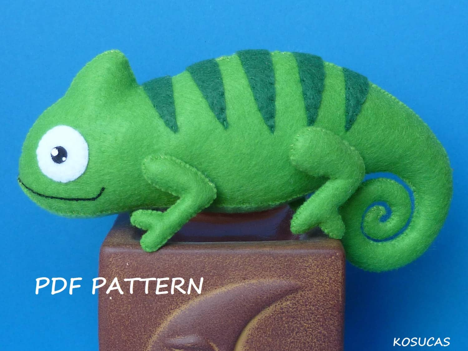 Easy felt lizard sewing project
