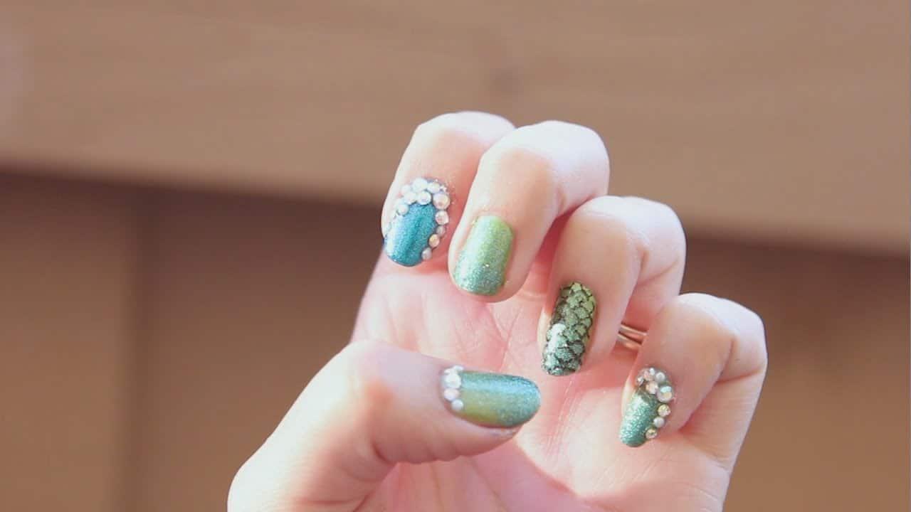 Green mermaid nails