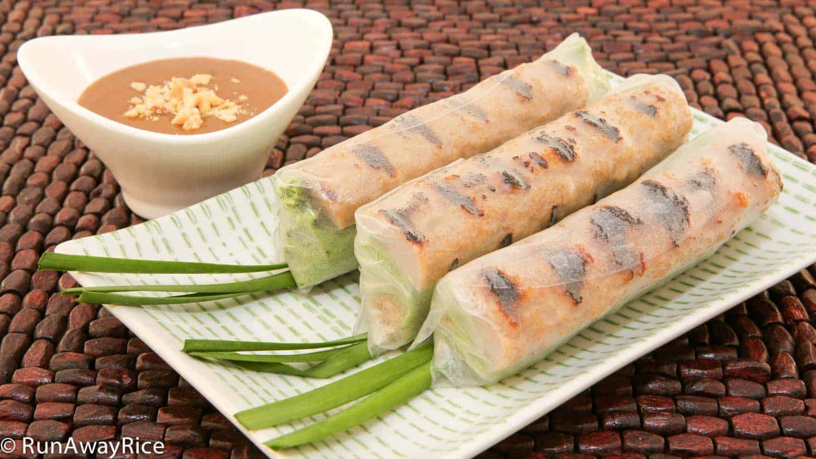 Grilled pork sausage and vermicelli summer rolls