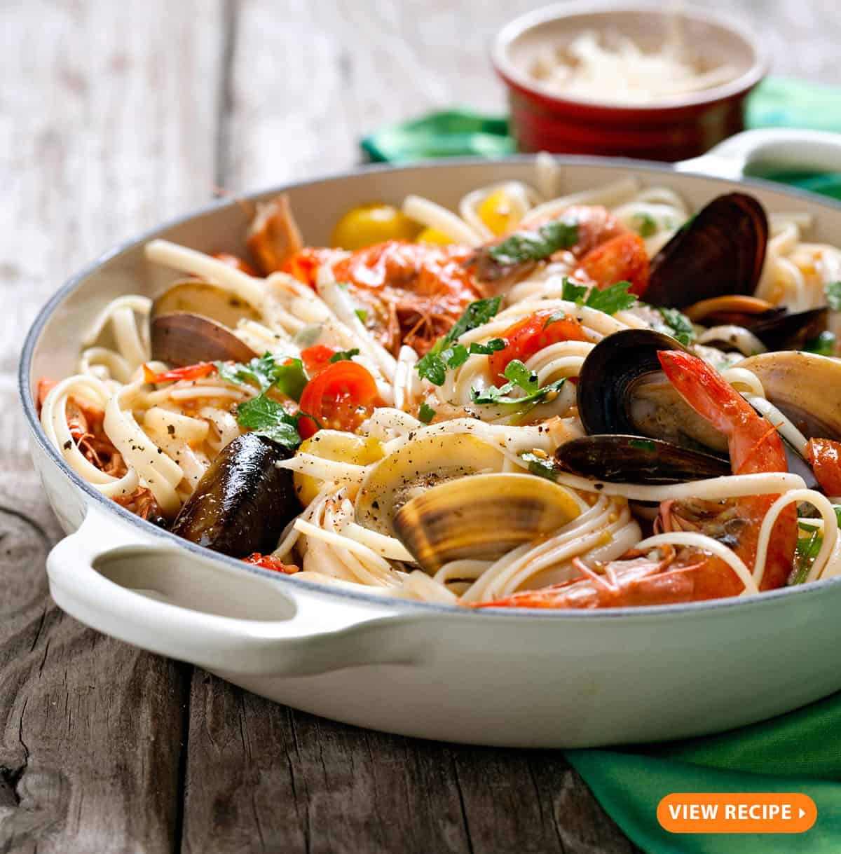 Italian seafood pasta with clams