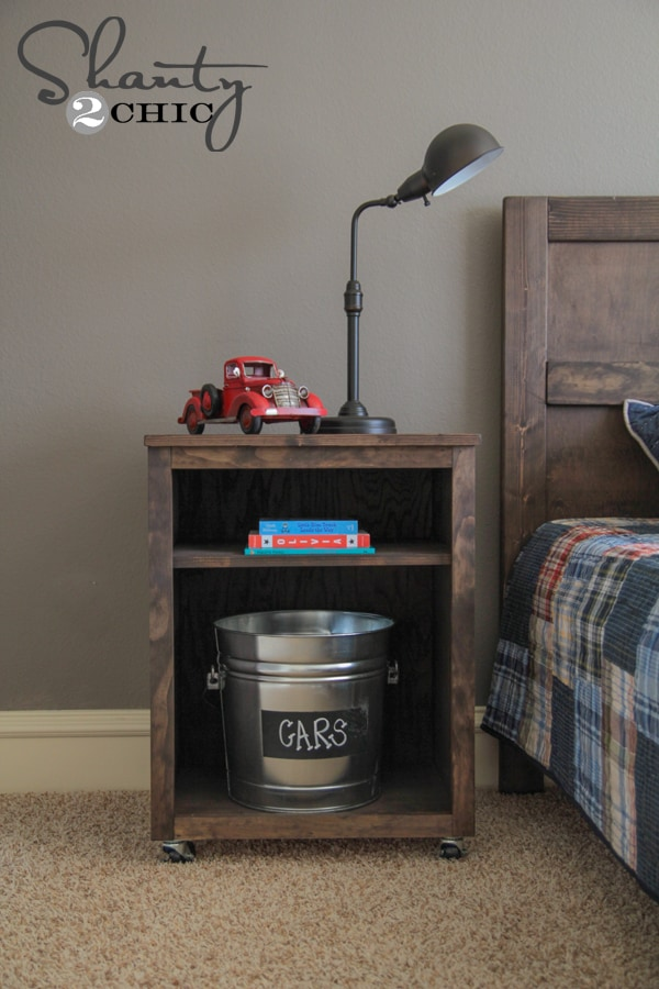 Nightstand on wheels