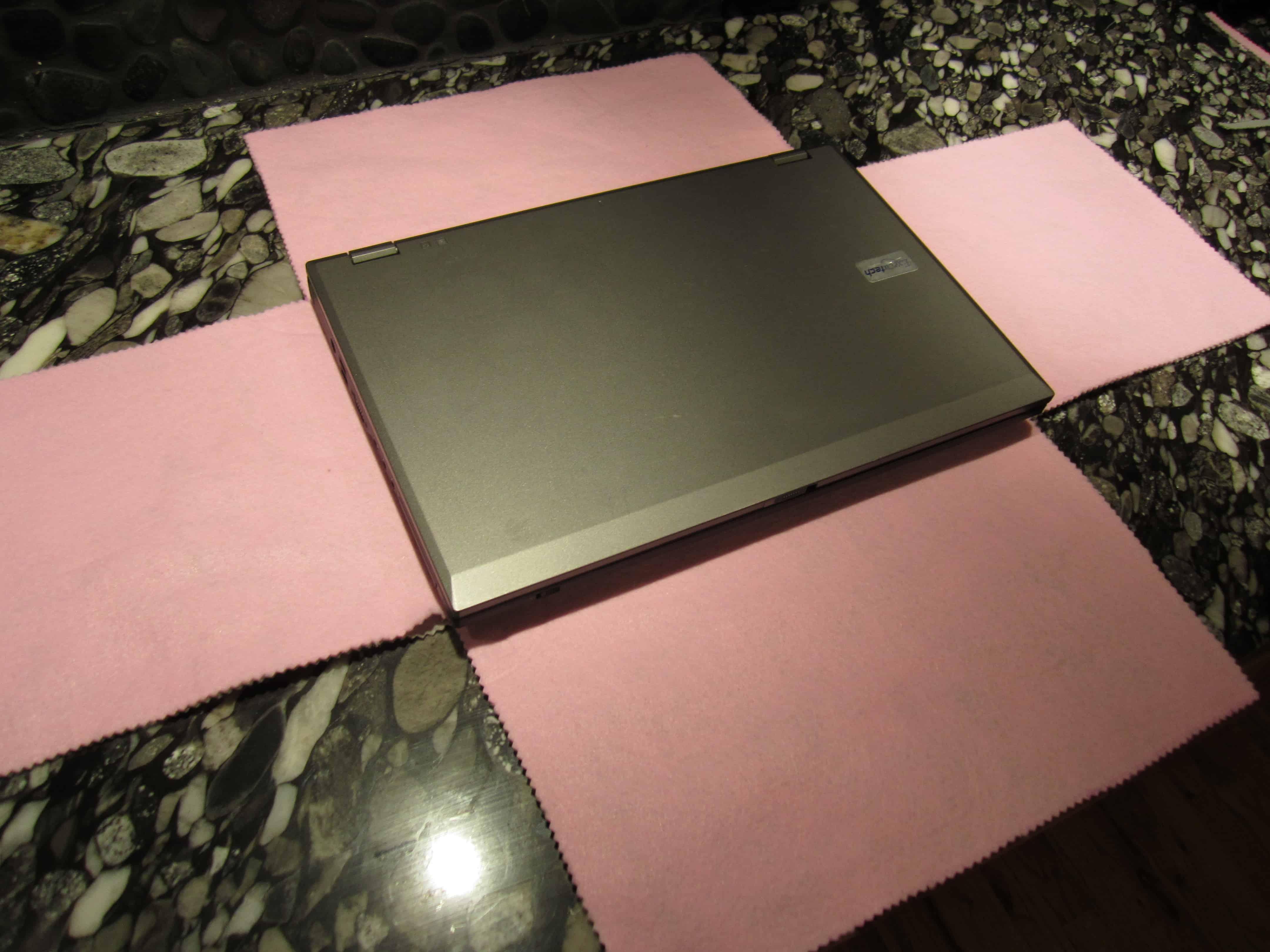 No-sew folding laptop case