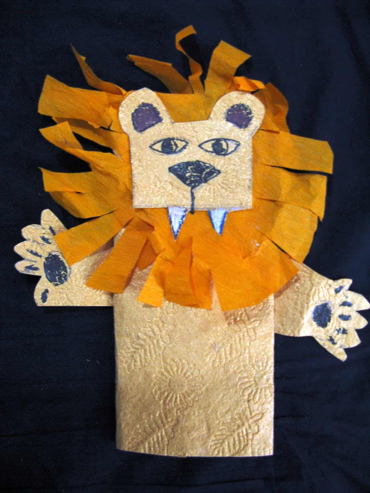 Paper bag and tissue paper lion