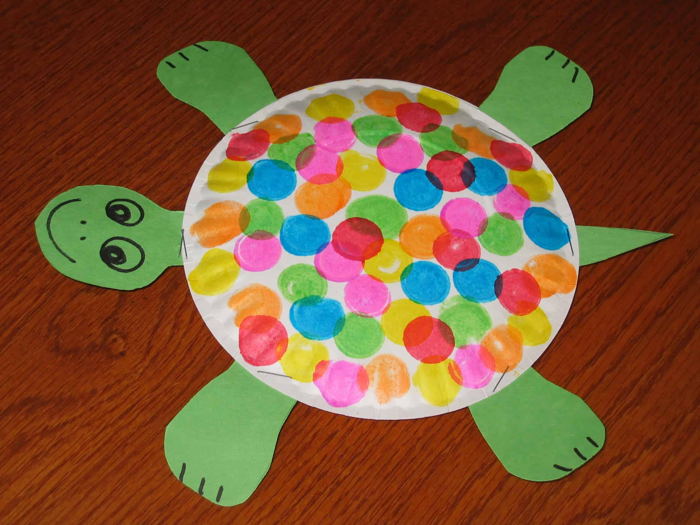 Paper plate and Bingo dobber turtles