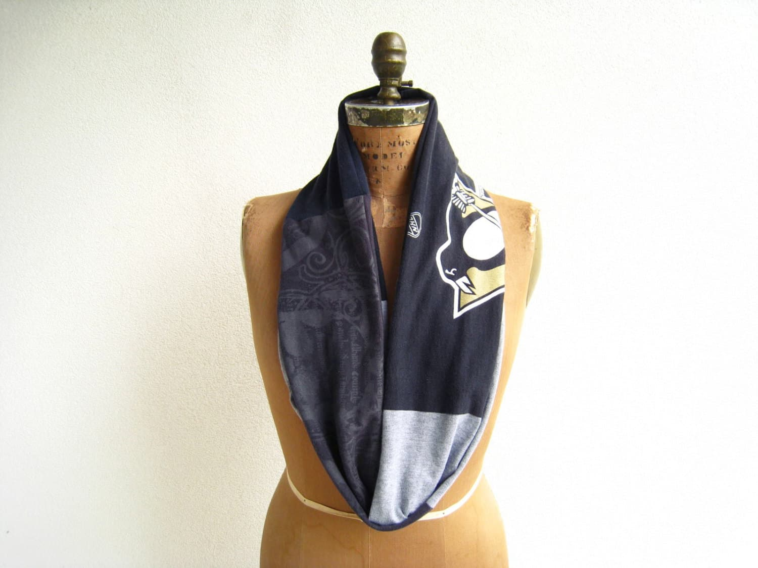 Reversbile team shirt infinity scarf