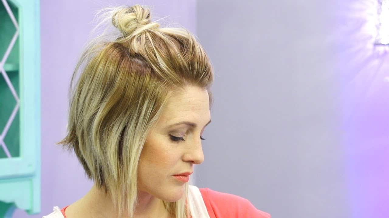 Short hair top knot