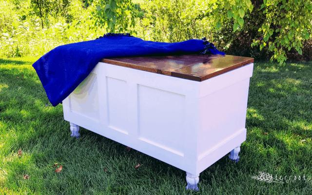Simplistic storage chest