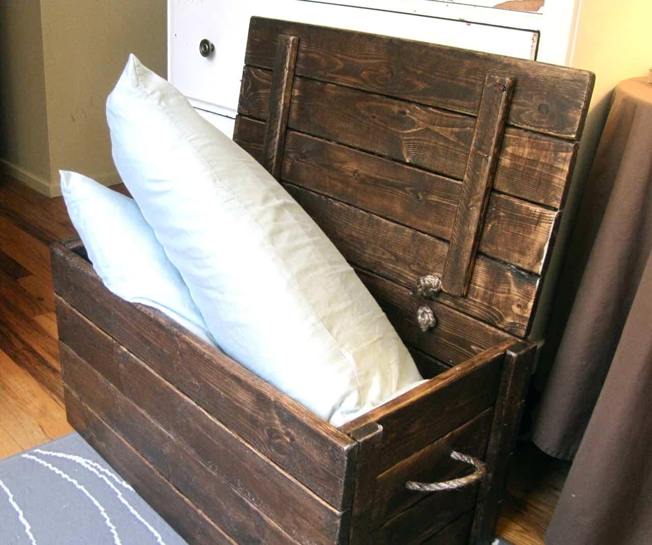 Sisal rope storage chest