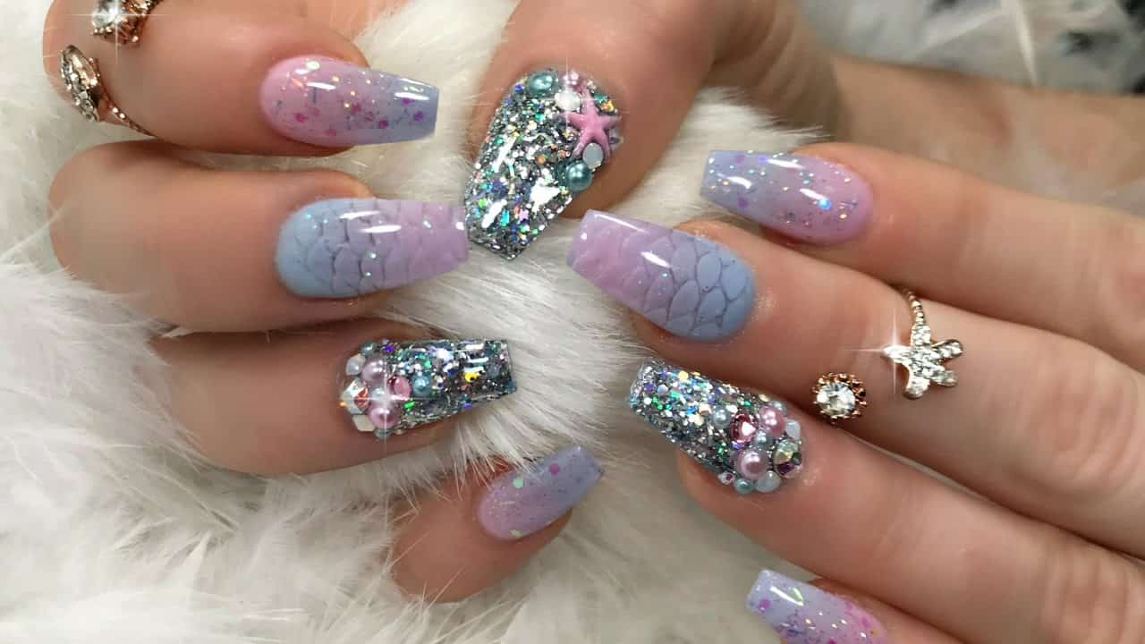 Sparkling mermaid nails