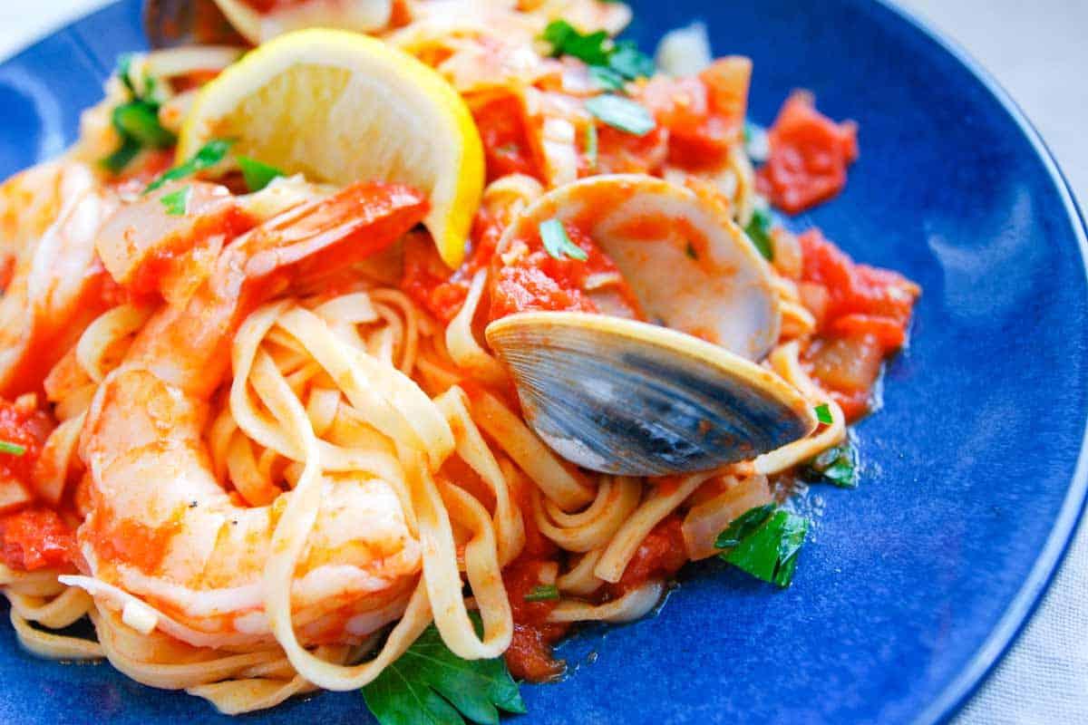 Spicy shrimp and clam pasta