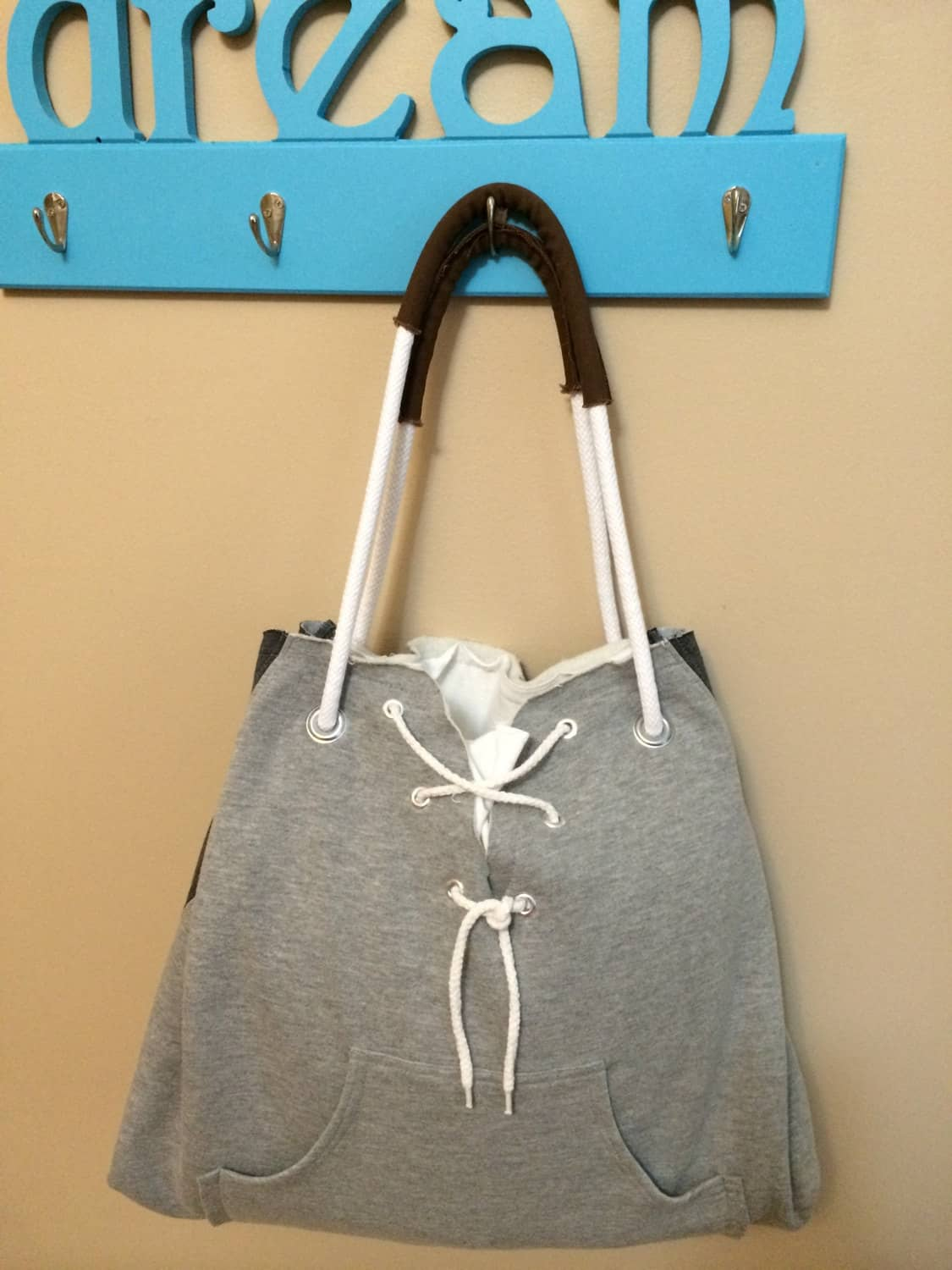 Sport sweatshirt tote bag