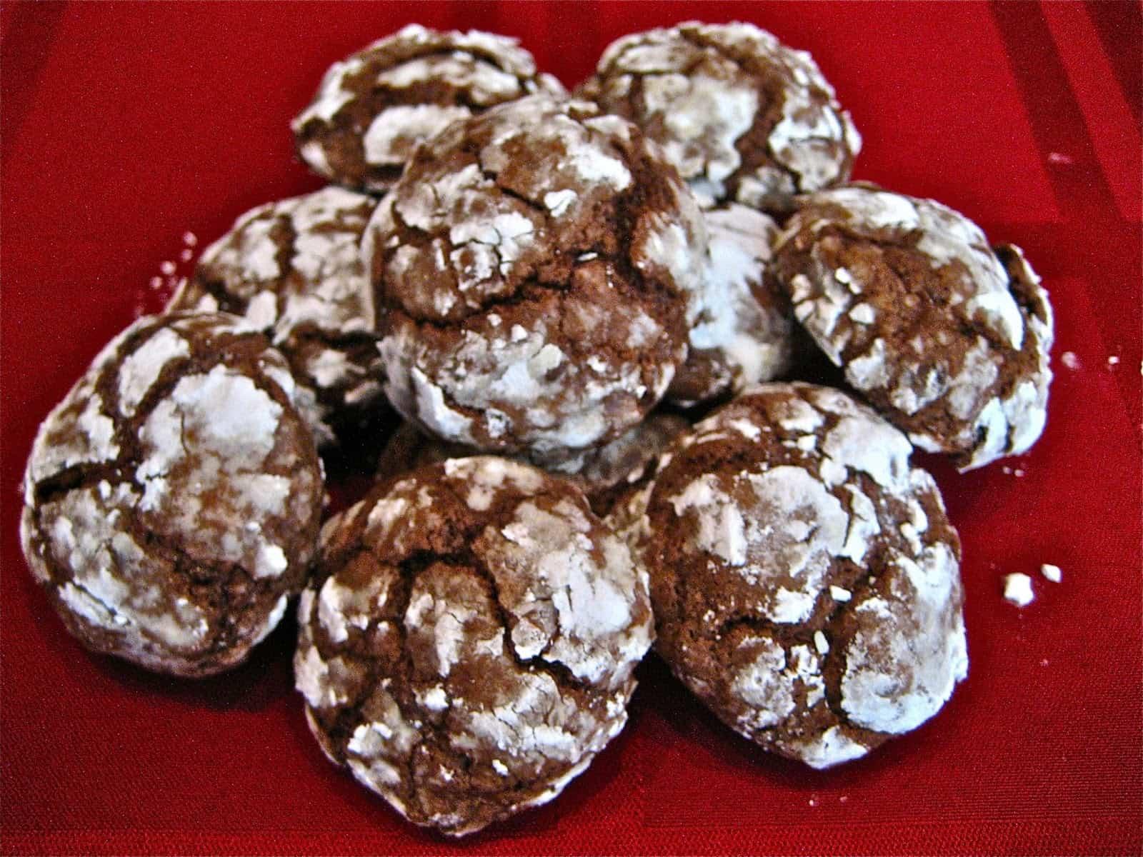 Chocolate snowfall cookies