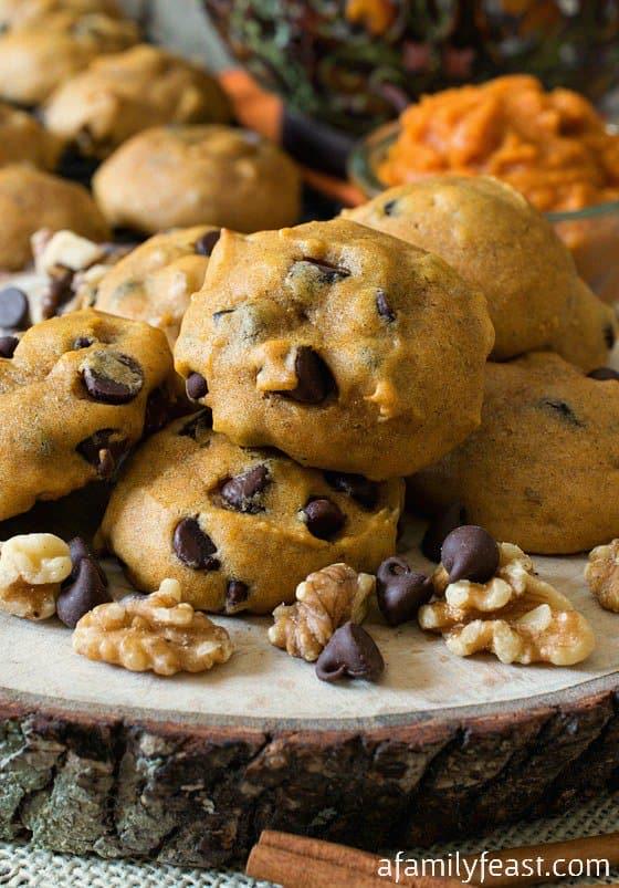 Chunky pumpkin chocolate chip cookies