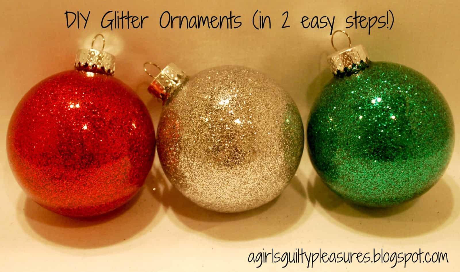 DIY glitter Christmas bobbles