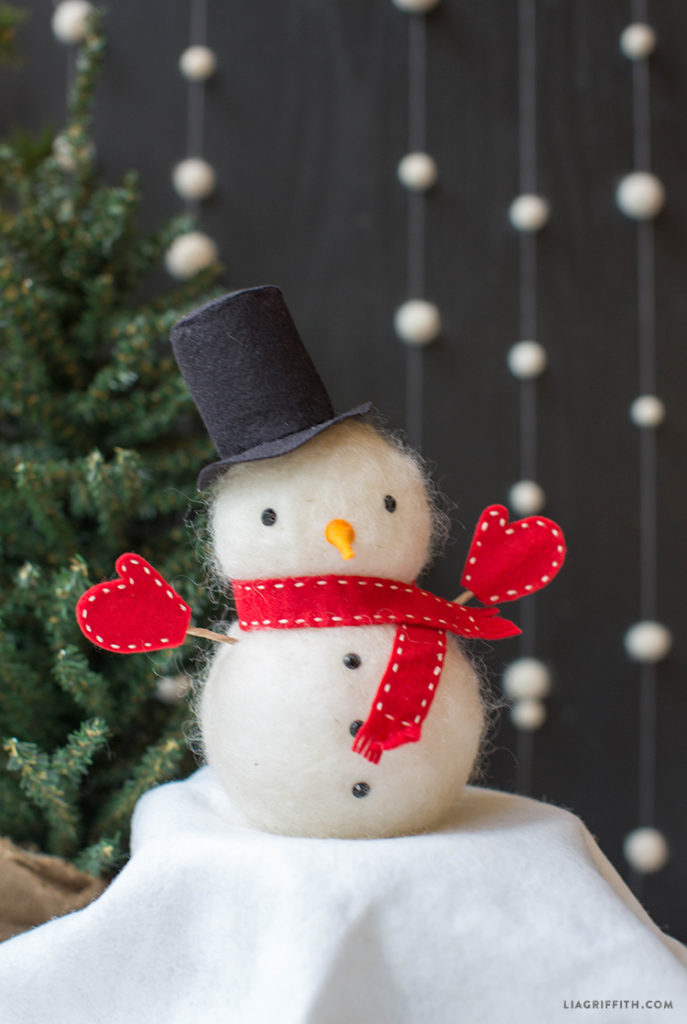 12 Adorable Diy Snowmen You Can Make With Your Kids