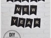 Say Goodbye to 2017 with DIY New Year's Eve Decorations