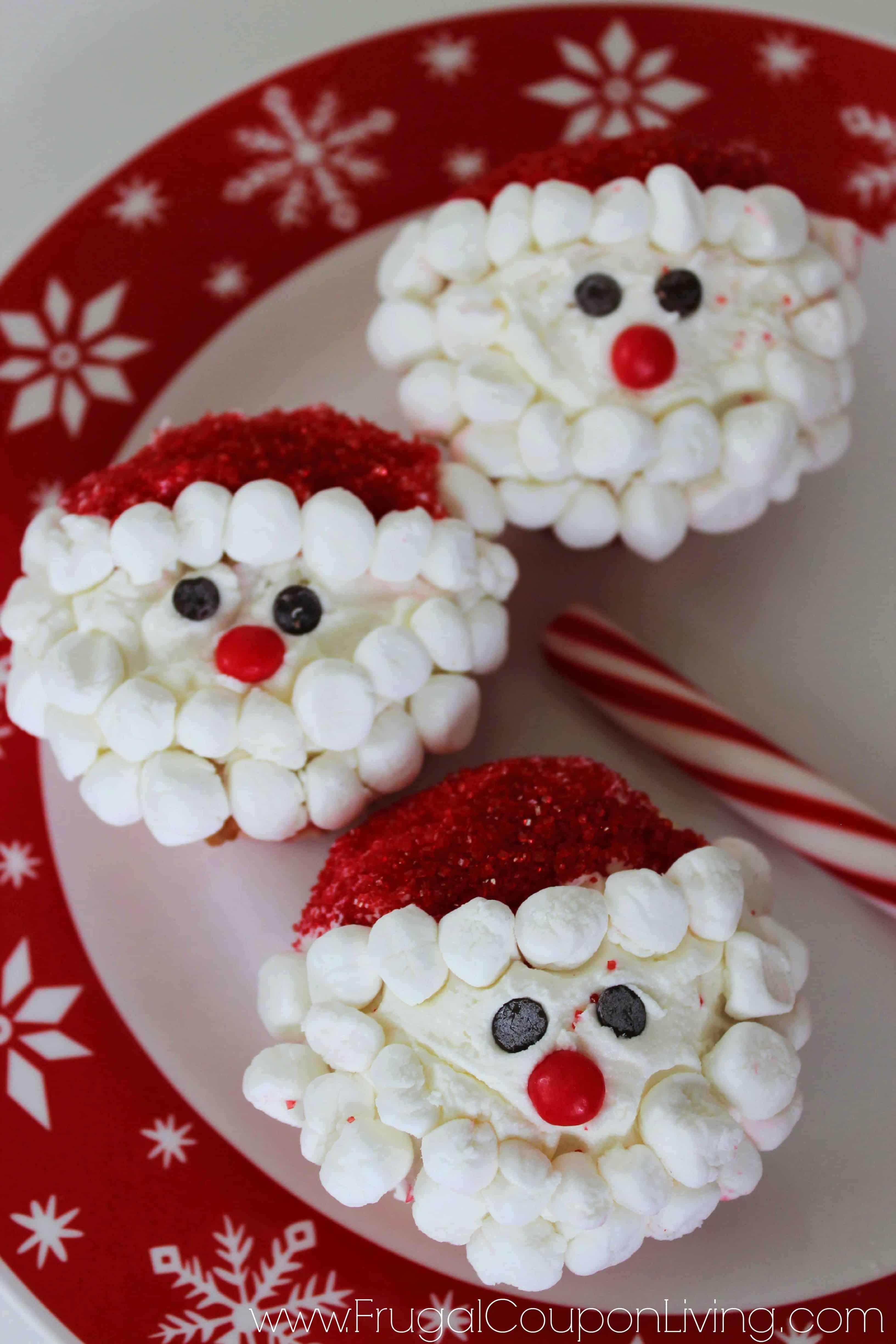 Mini marshmallow Santa beard cupcakes