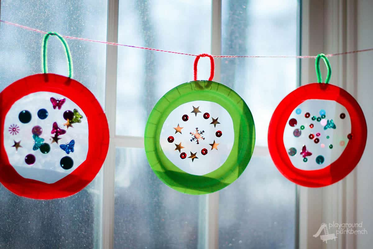 Paper plate and wax paper Christmas ornament hangers