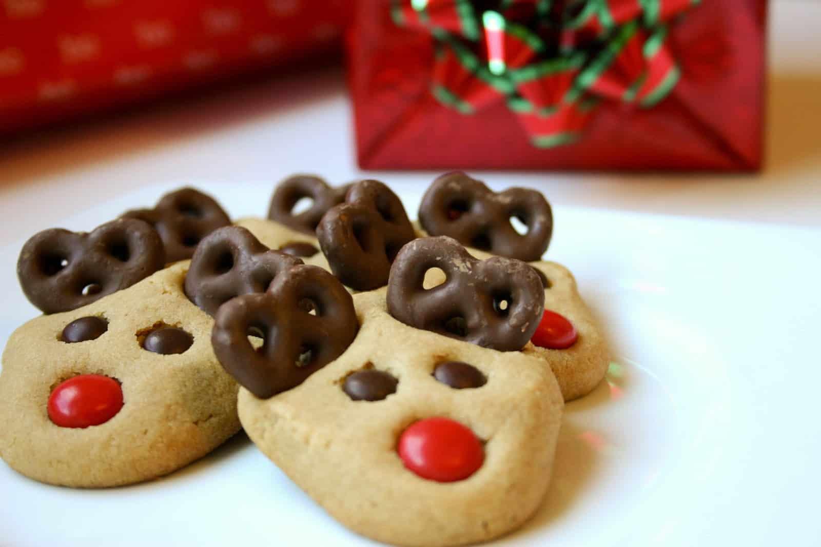 Peanut butter pretzel reindeer cookies