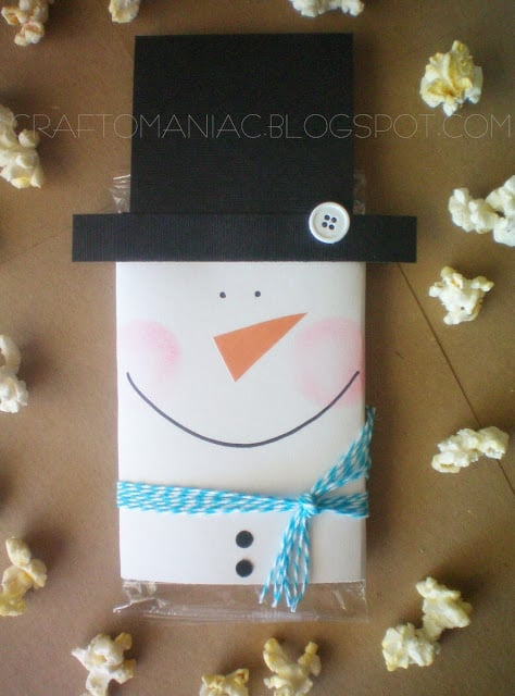 Popcorn snowman